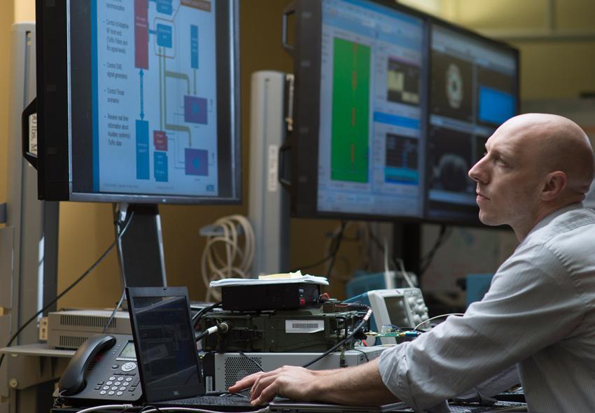 ¿Cuánto gana un Ingeniero en Sistemas al 2019? Actualizado