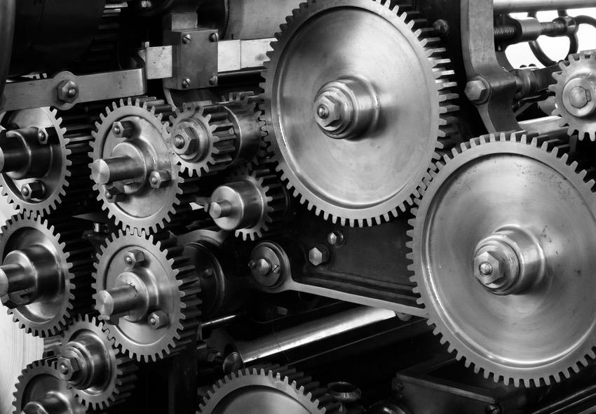 ¿Es necesaria una escuela técnica para ser Ingeniero Mecánico?