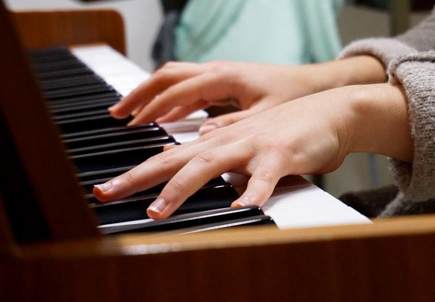 ¿Cuánto gana un Licenciado en Perfeccionamiento Instrumental al 2019?