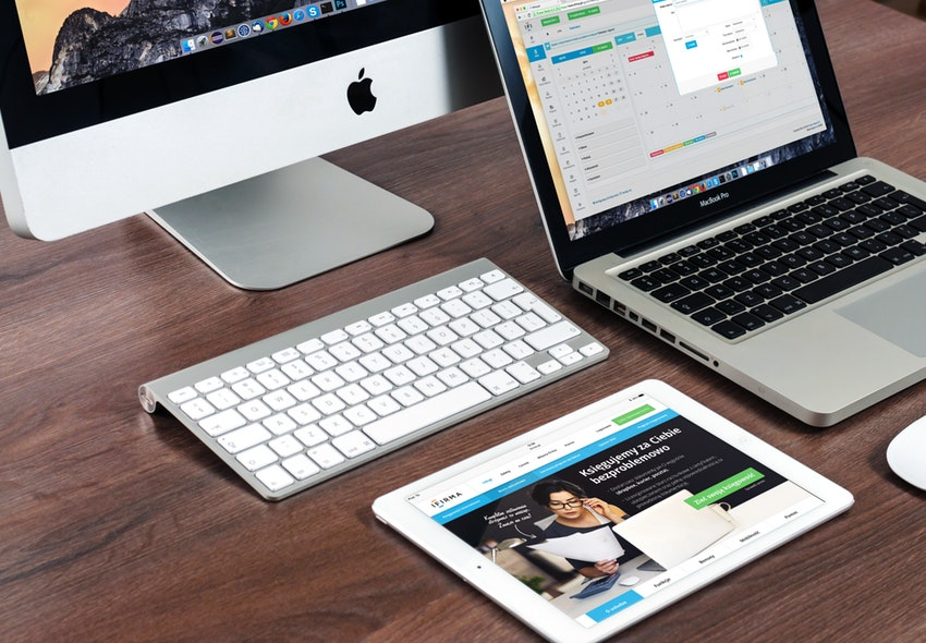 ¿Cuánto gana un Comunicador Web en 2021?