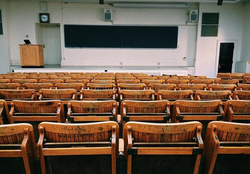¿Cuánto gana un Profesor Universitario en 2019?